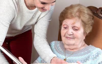 Comment prévenir l'isolement des personnes âgées ?